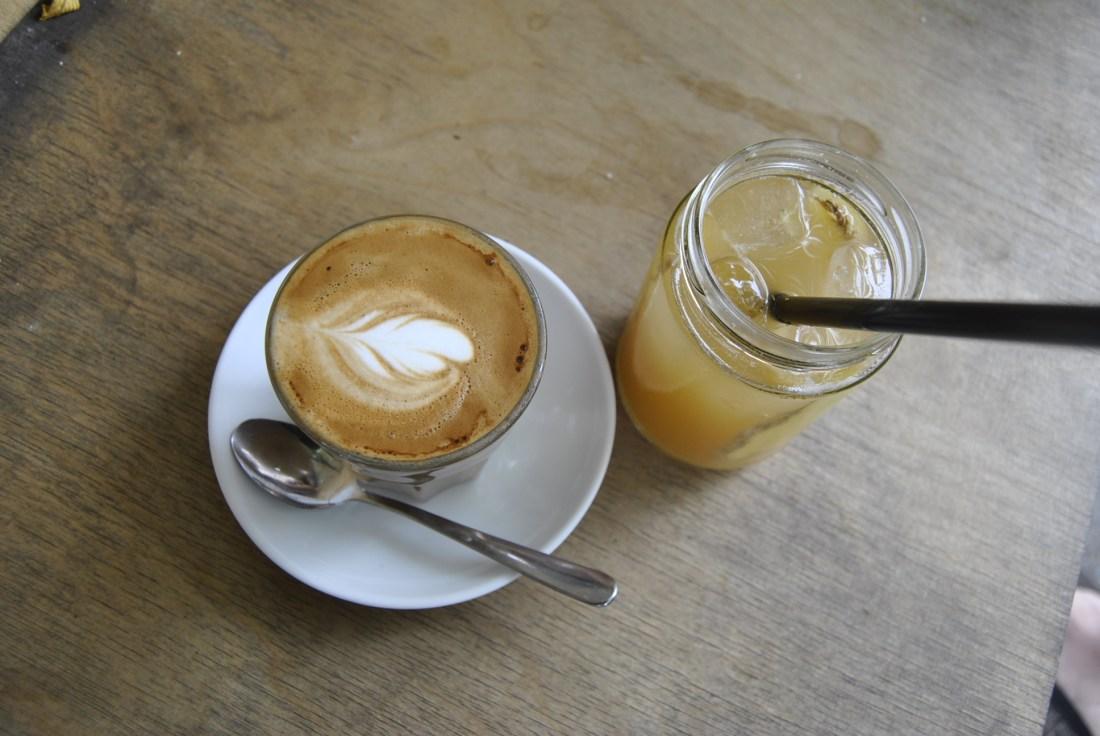 Roamers Berlin cafe Coffeeshop ginger beer