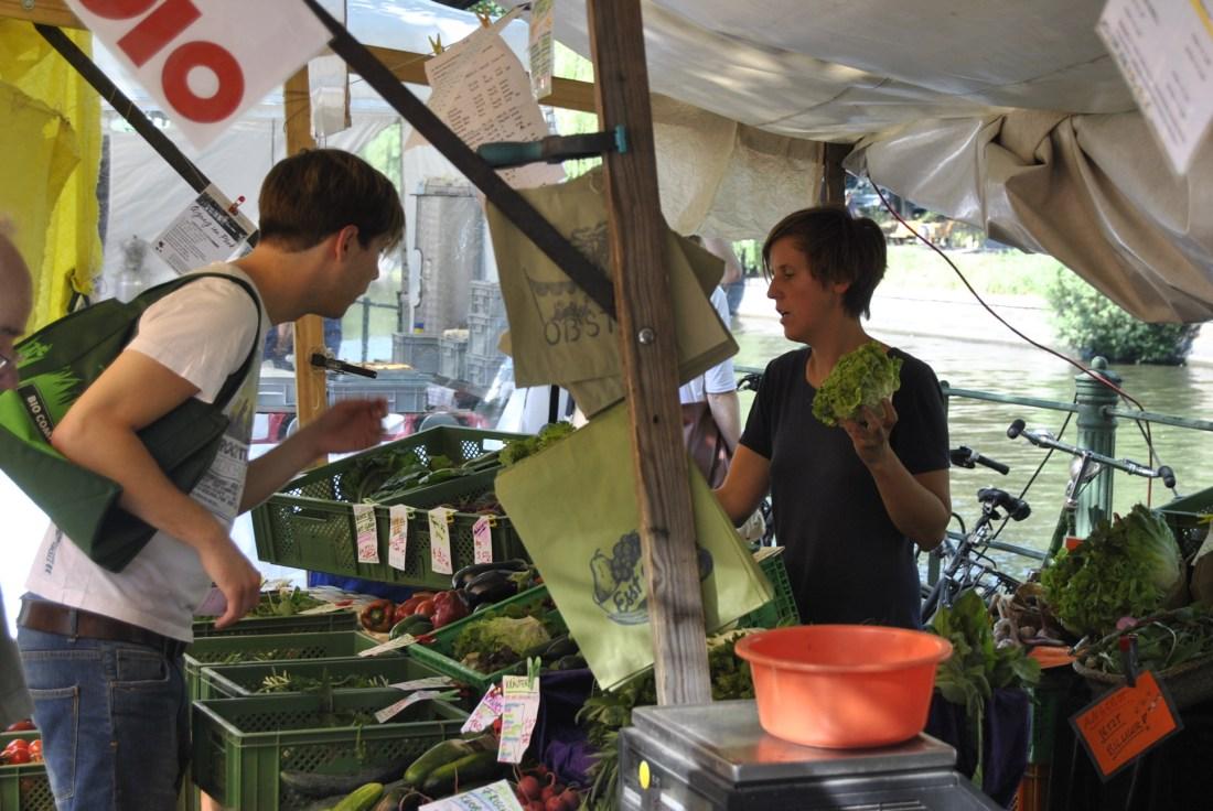 vegetable shopping berlin turkish market