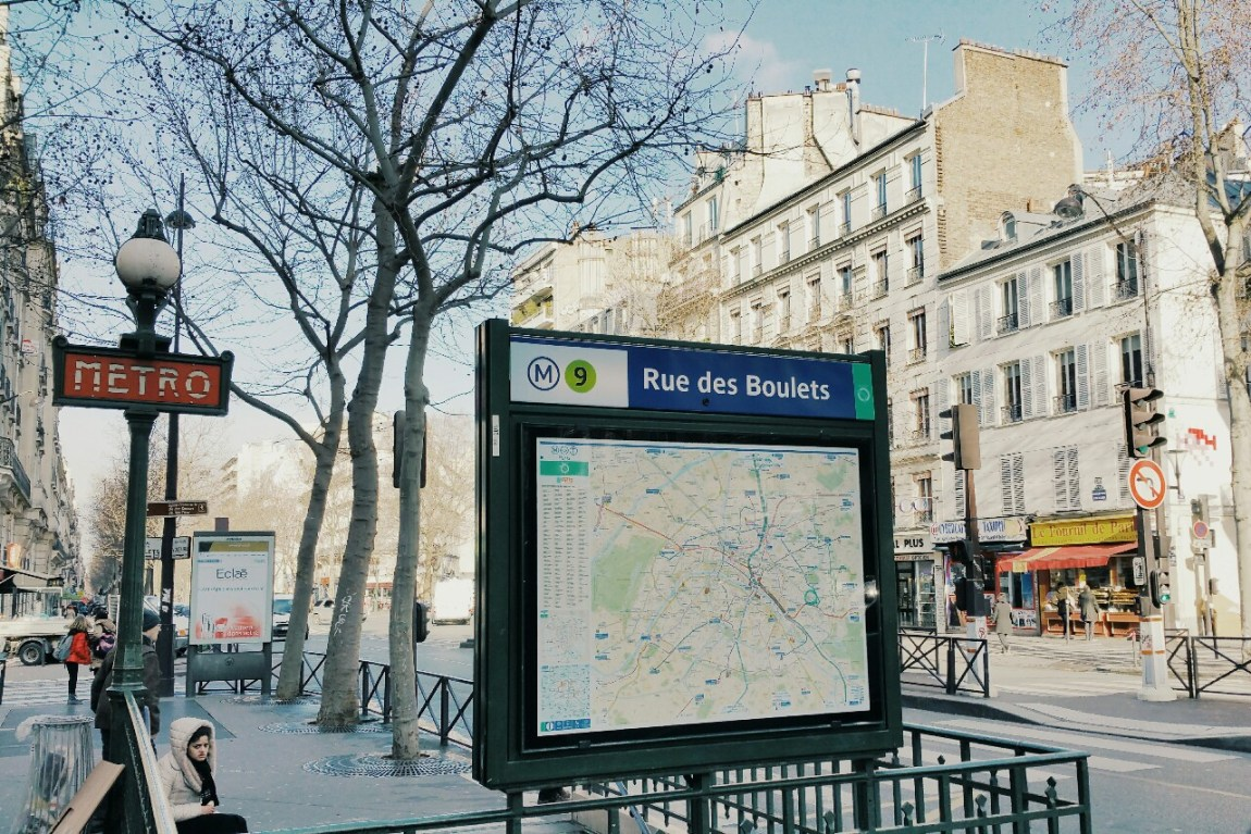 metro paris subway safe travel