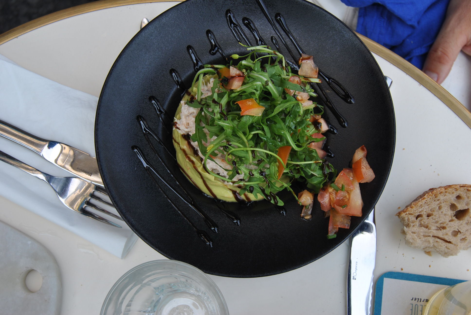 french bistro dining in paris la
