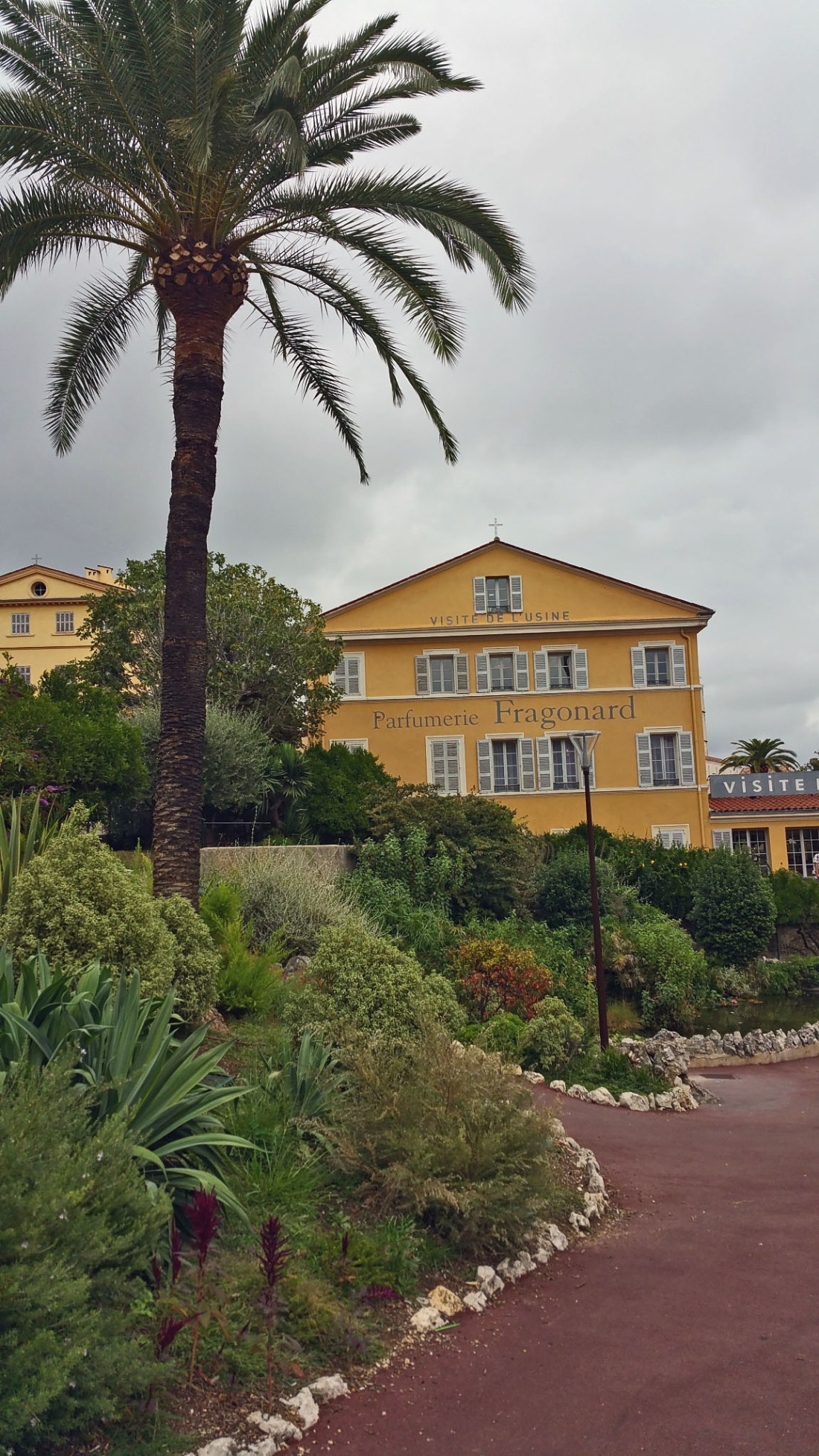 how to travel from paris to grasse