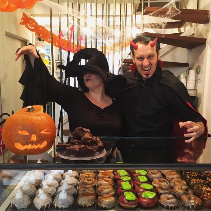 halloween in paris boneshaker paris donuts