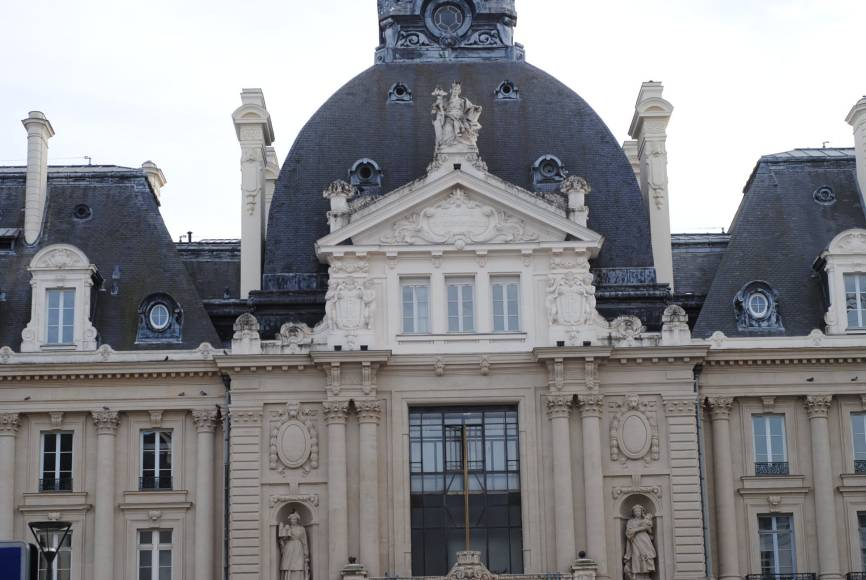 rennes-city-guide-to-do-by-myparisianlife-building