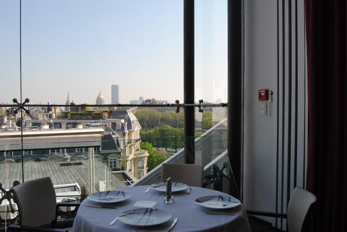 inside [paris best restaurant maison blanche