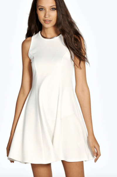 robe-blanche-jour-patineuse-boohoo
