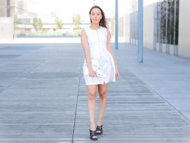robe-blanche-evasee