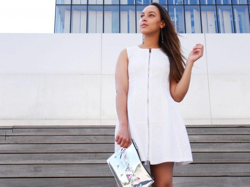 robe-blanche-fermeture-eclair-pochette