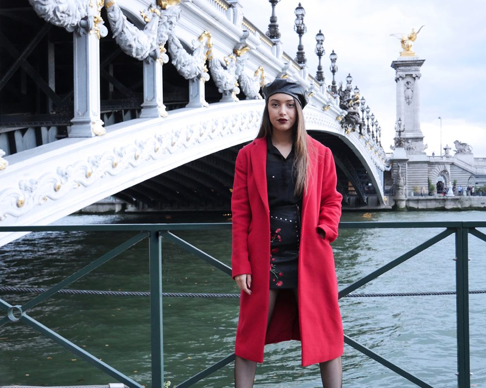 look-parisien-pont-alexandreIII-pose