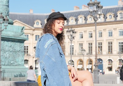 look-ado-veste-jean-assise