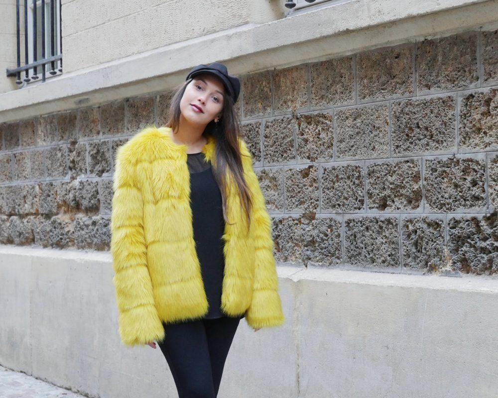 look-titi-faux-fur-jaune-happy