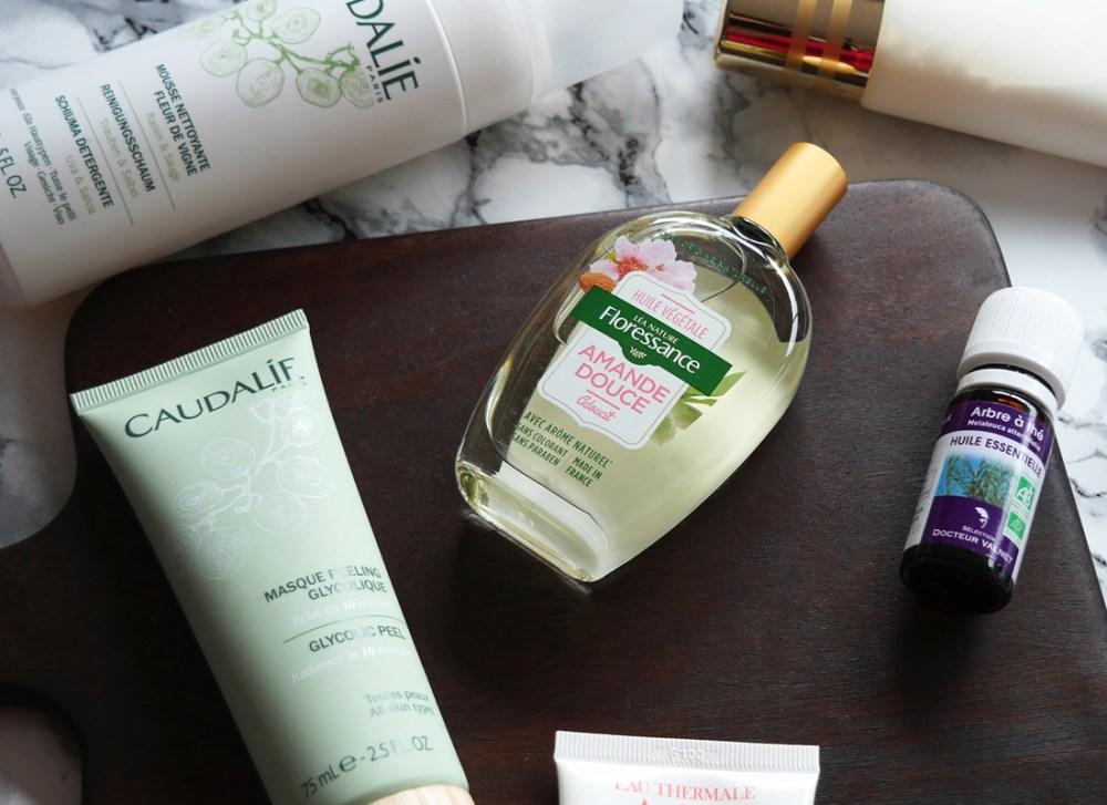 acne-remede-produits-soins-huiles-essentielles-une