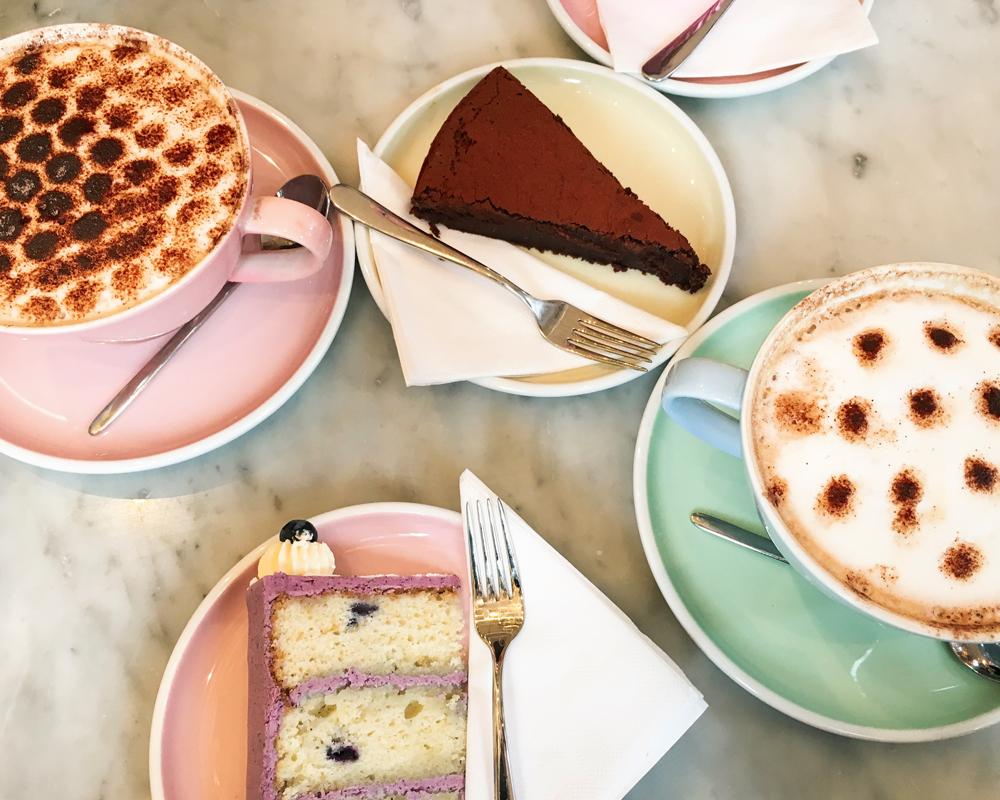 bonnes-adresses-food-londres-peggy-porschen-layers-cake-bueberry