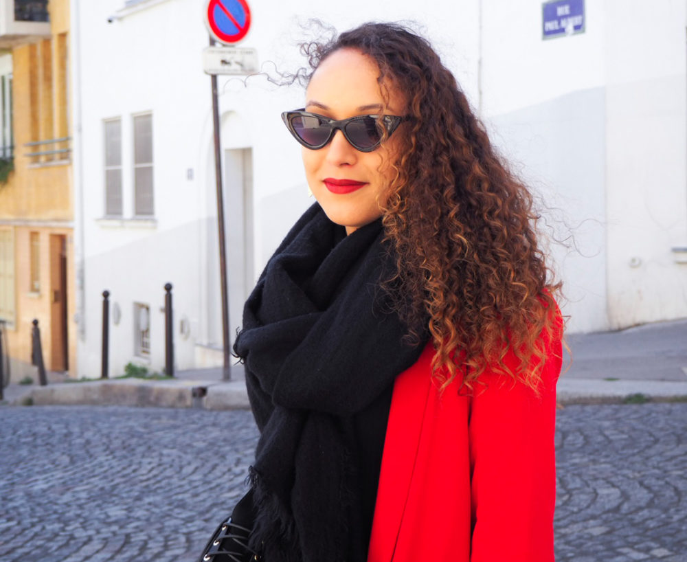 look-casual-mi-saison-blazer-rouge-portrait