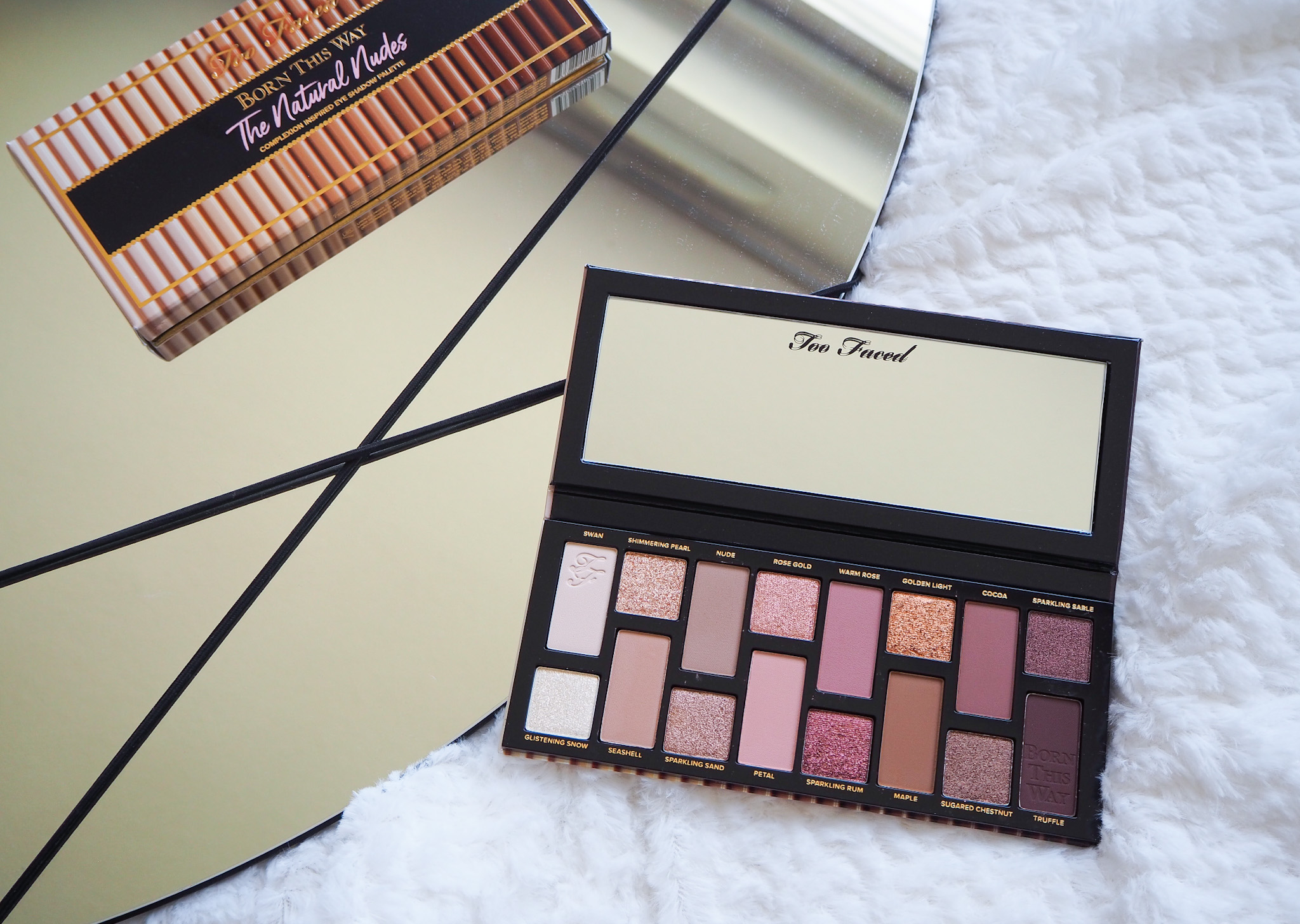 too-faced-natural-nudes-make-up-palette