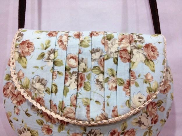 bearynaise handmade strawberry bucket bag