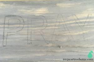 Handmade sign, DIY sign tutorial, pray sign, faith sign