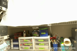 Want to revamp your laundry room, but don't have a lot of money to do it? Get some inspiration to transform your entire room for only $100! You might actually LIKE doing laundry again! Click to the post to check it out!