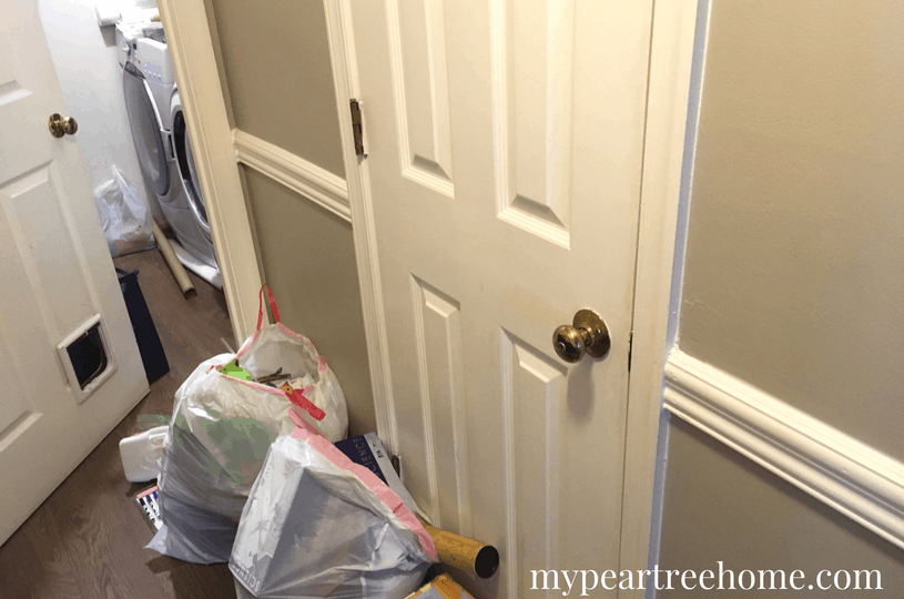 Want to take control of your laundry room? Does it look like a nightmare? With only $100 you can transform your whole space! Click to the post to see the details and inspiration!