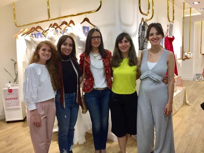 Junto a Elisabeth, Noelia, Clara y Victoria