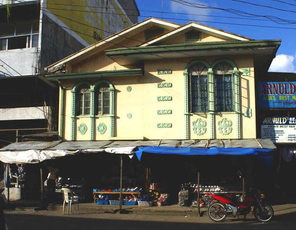 Thanks to the owner for saving and maintaining this fine old building in San Jose, Antique