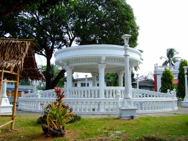 Bandstand at Tigbauan Plaza