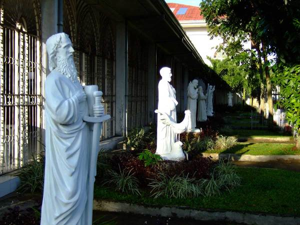 Arevalo Church - Saints