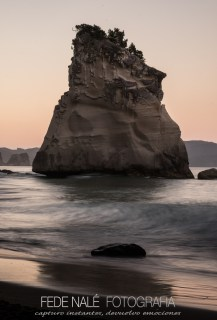 MPYH_2017_New Zealand_Catedral Cove_0013