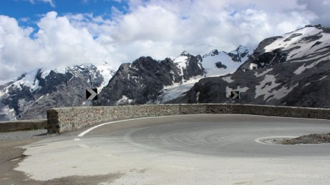 Stilfser Joch Pass