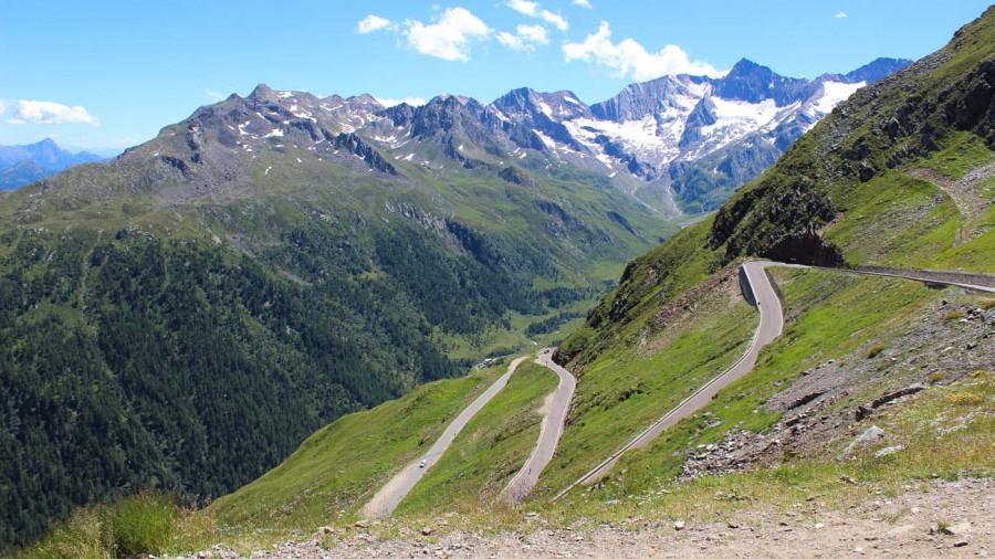 Pass durch die Alpen