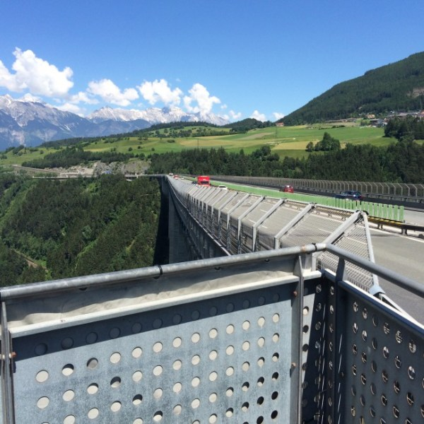 Blick auf Europabrücke