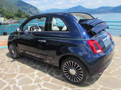 Fiat 500 Riva blau