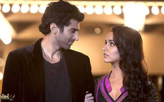 A Still from movie Aashqui 2