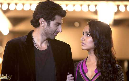 A Still from movie Aashqui 2