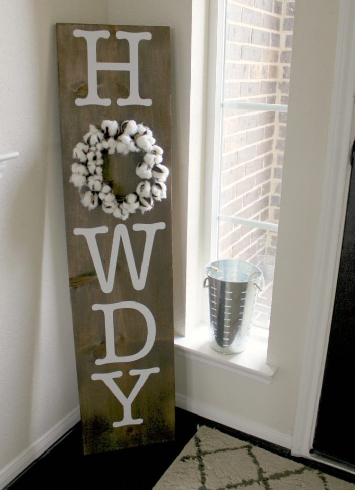 howdy-sign