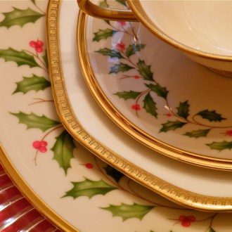 The Lone Christmas Plate …