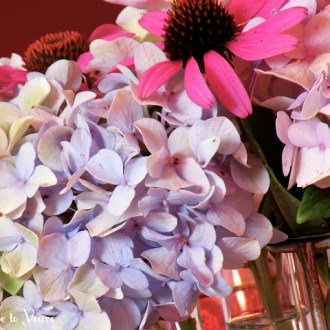 A HANDFUL OF FLOWERS: Late Summer Tablescape