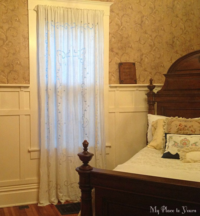 Old house bedroom