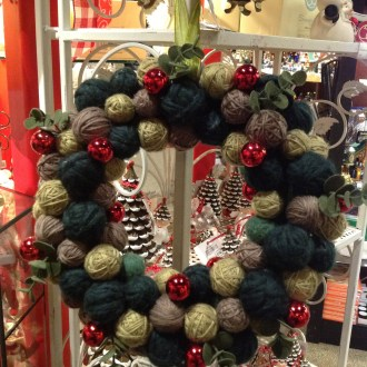 Country Crafts:  A Christmas Theme