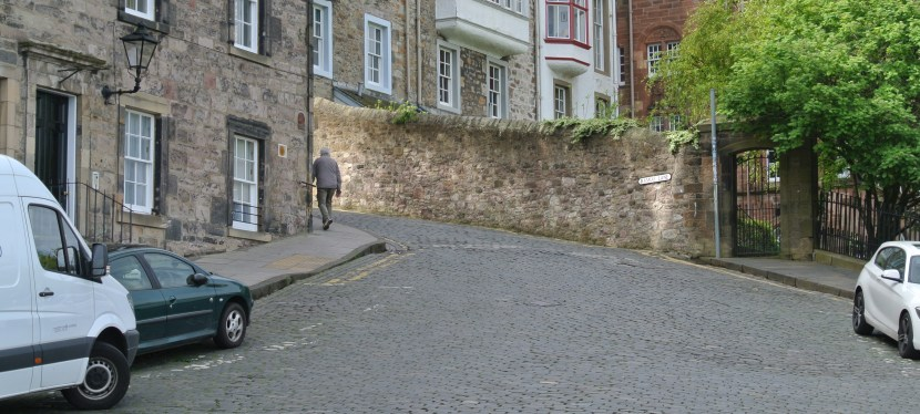 Follow the Cobblestone Road-Part 1 (The Royal Mile)