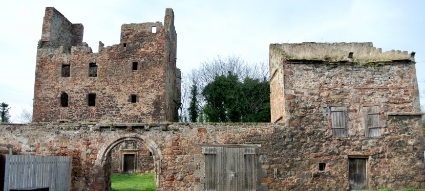 Redhouse Castle-Longniddry, Scotland