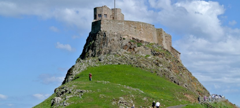 My Plaid Heart In England:  Lindisfarne Castle