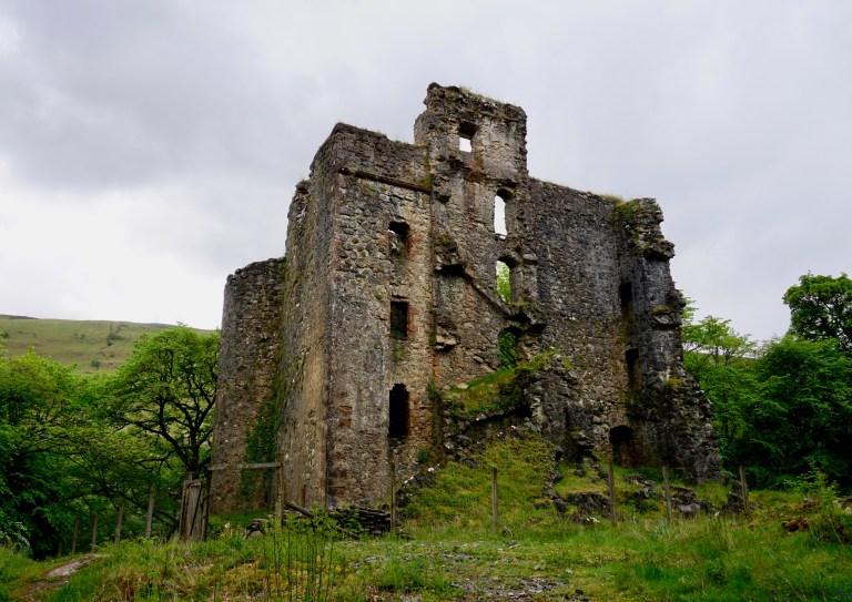 Invergarry Castle ruin on an overcast day.
