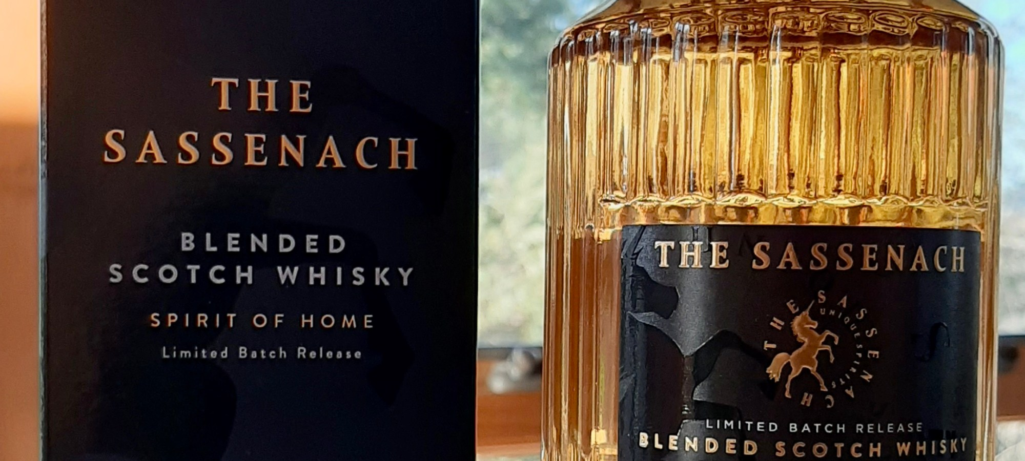 a box and bottle of The Sassenach Blended Scotch Whisky