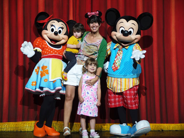 Metting Mickey Mouse