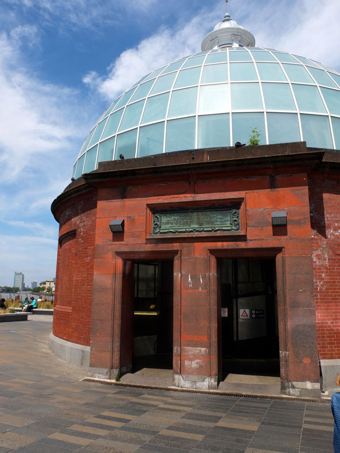 greenwich-foot-tunnel-entrance