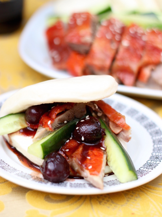 roast duck bao