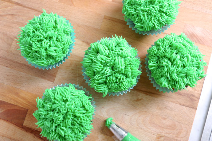 How to make grass topped cup cakes