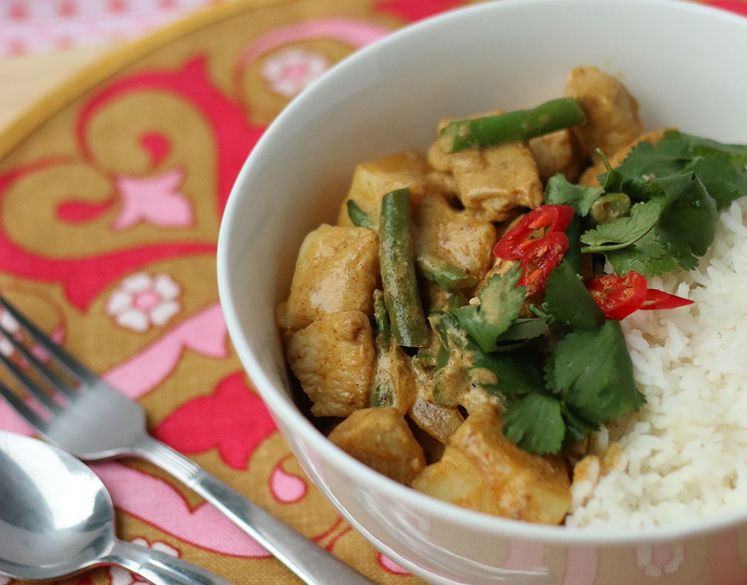 Malaysian Coconut Chicken Curry Rice Recipe - mypoppet.com.au
