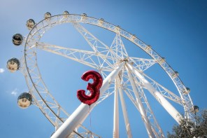 Melbourne star wheel - Win a family pass