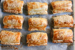 Easy Homemade Sausage rolls recipe mypoppet.com.au